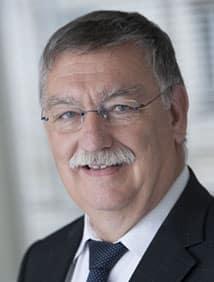 Jean Paul Lacam, délégué général du CTIP, nommé Chevalier dans l'Ordre national de la Légion d'honneur